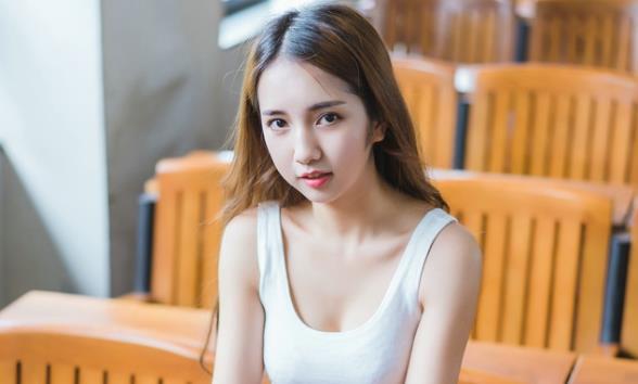 东郭华丰逆袭记:聊天中对女生越热情她越冷淡?教你如何成功追到她!